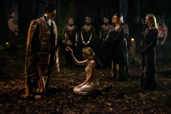 """image 600x400 - Primeiras imagens oficiais de """"O Mundo Sombrio de Sabrina"""" estão aqui na SOLTA O PLAY, pois foram divulgadas recentemente"""